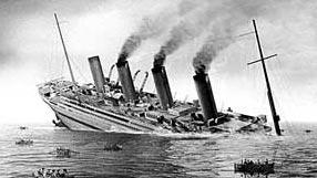 Britannic_sinking