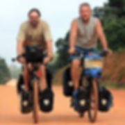 AXEL_&_PETER_auf_Fahrrädern.jpg