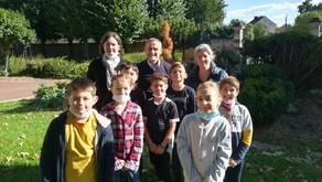 Rencontre entre le maire de Précy-sur -Oise et les enfants ACM du mercredi.