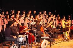 מקהלת העפרוני בהופעה
