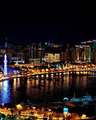 Night view of Baku.jpg