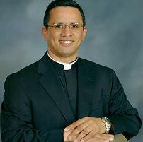 Fr. Yader Centeno.jpg