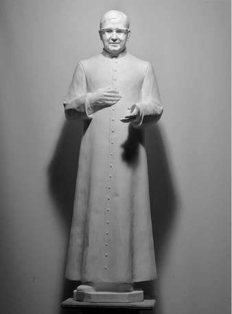 San Josemaría, 110 cm, Fiberglass, 2021.