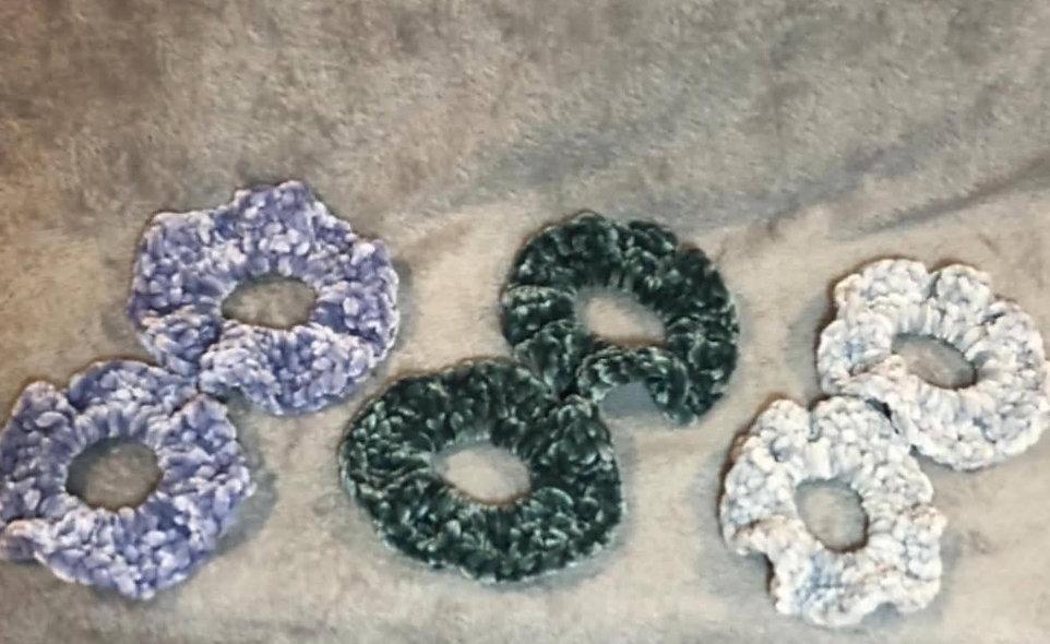 Smidgen Crochet Scrunchies