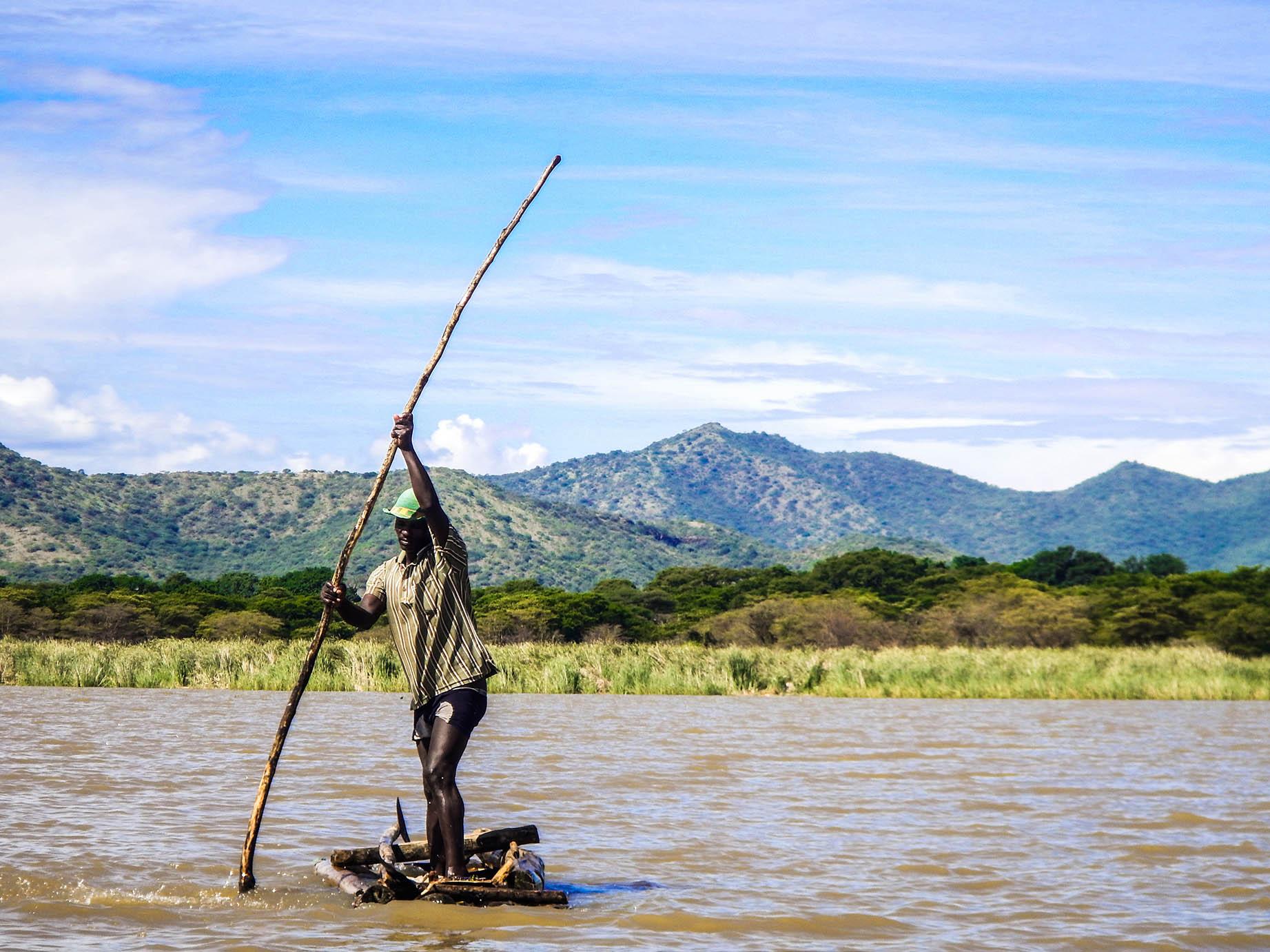 דייג באגם קומו - טיול פרטי באתיופיה