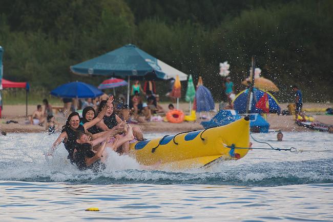 ספורט ימי באגם איסיק-קול