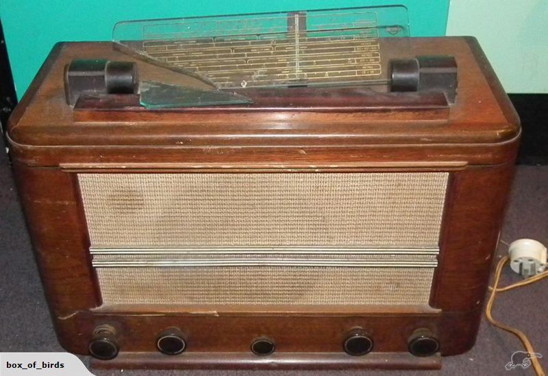 Vintage Valve Radio