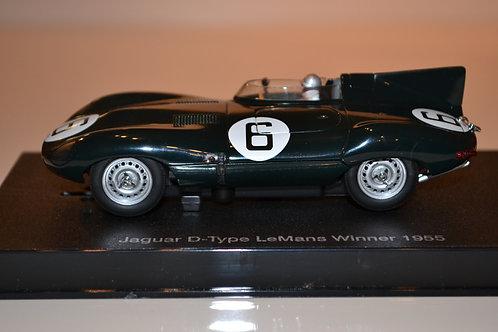 AutoArt 13582 Jaguar D-type
