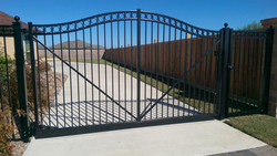 Arched Aluminum Gate with LA400 Gate Ope