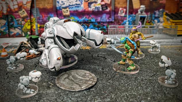 Mega Mouser vs Leo.jpg