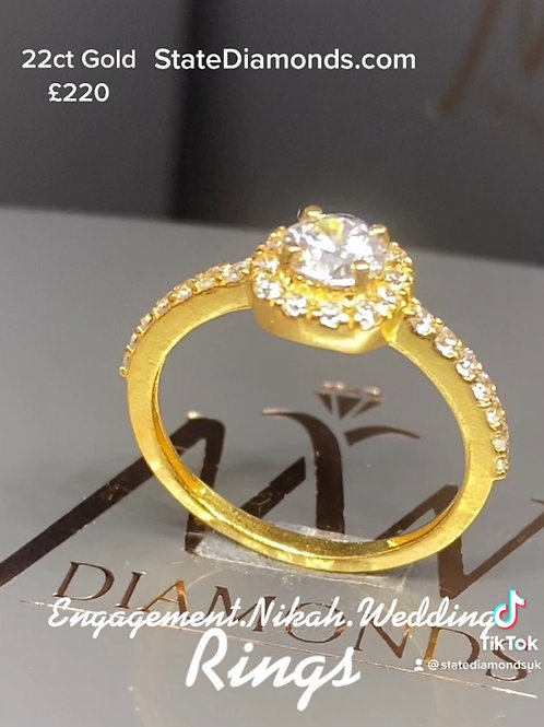 22ct Gold Princess Single Halo