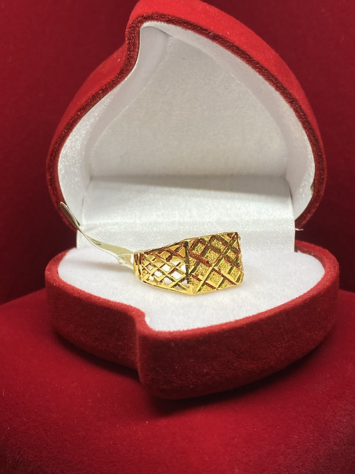 Design 38 Men's  22ct Gold Ring