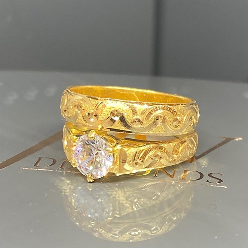 22CT GOLD CLEAR STONE SOLID SOLITAIRE