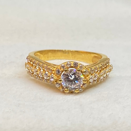 Design 44 22ct Gold Ring clear Stone