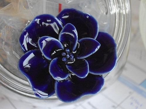 Sculpted Cobalt Flower Knob