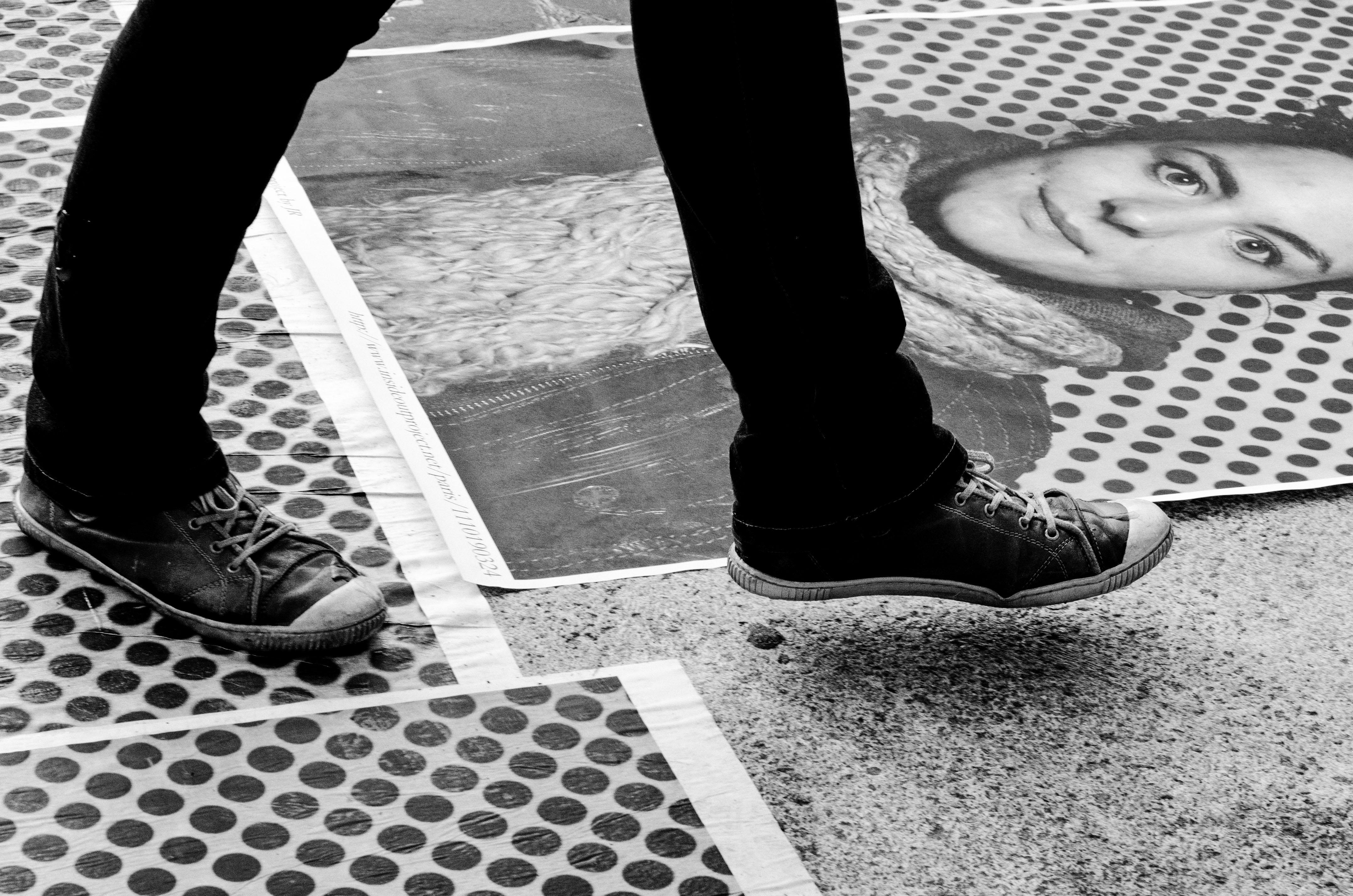 Feet 2 Julie, 2013, Paris