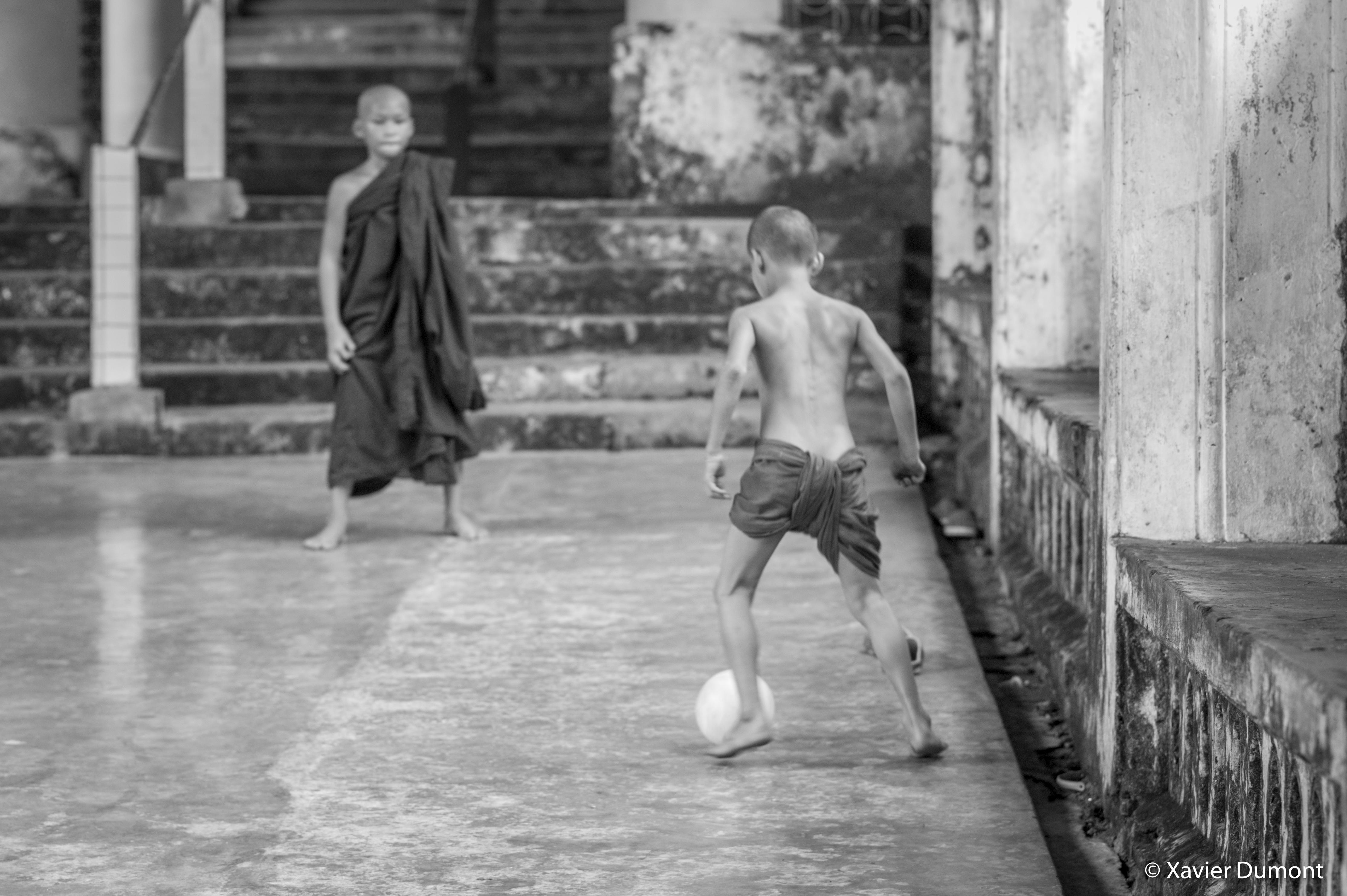 Zid Monk ... , 2017, Mawlamuine-1