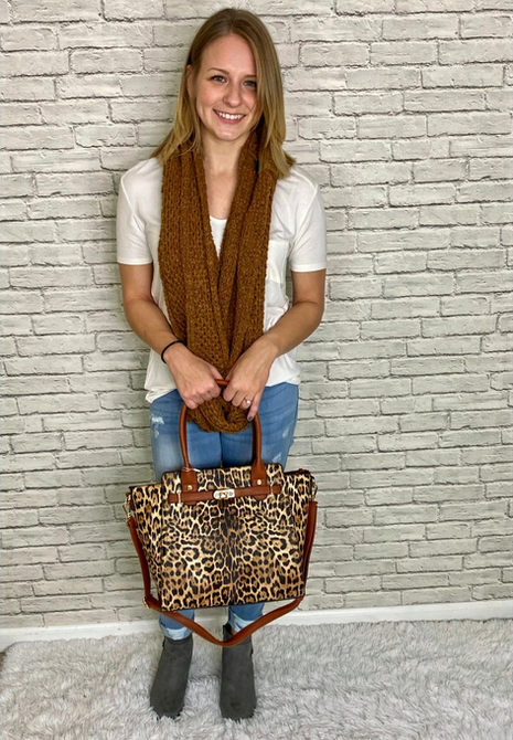 Casual with a little leopard!