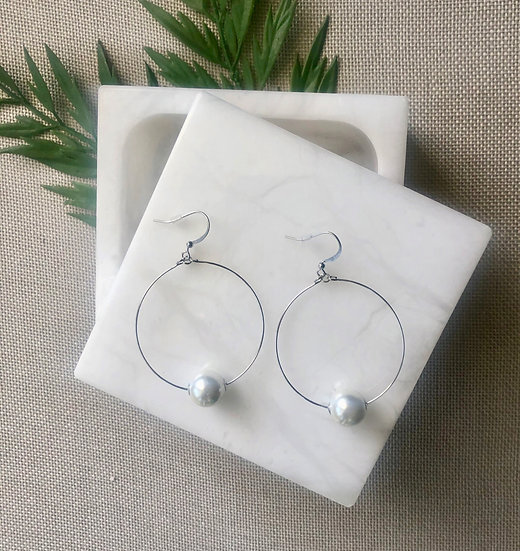 Silver Tone Hoop Earring with Single Pearl Accent