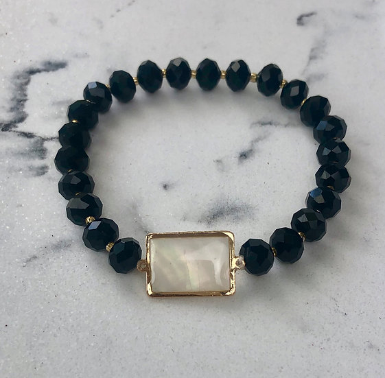 Black Crystal Bead Stretch Bracelet w/Mother of Pearl Accent