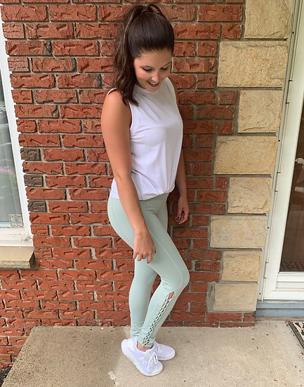 High-Waisted Leggings With Braid Detail - Sage