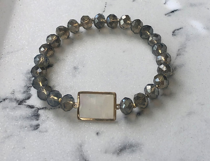 Gray Crystal Beaded Stretch Bracelet with Mother of Pearl Accent