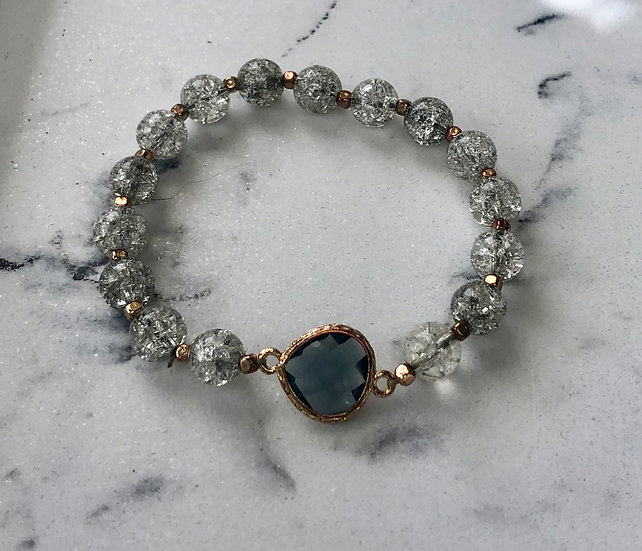Crackle Glass Bead Bracelet with Gray Faceted Crystal Accent
