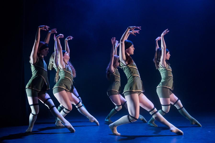 Danceworks_FaceToTheWall.jpg