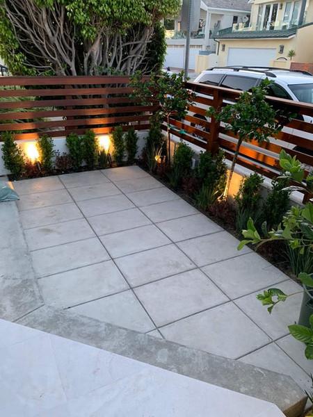 Contemporary front beach patio