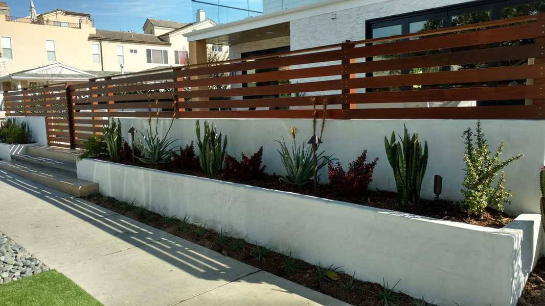 Contemporary front patio