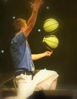 Hire a Basketball freestyler