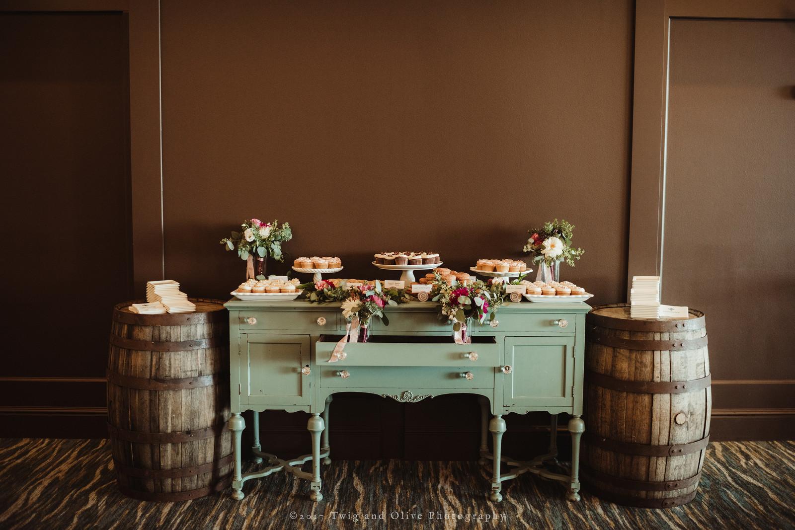 bloom-bake-shop   Weddings