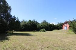 riesiger Garten, direkt am Haus