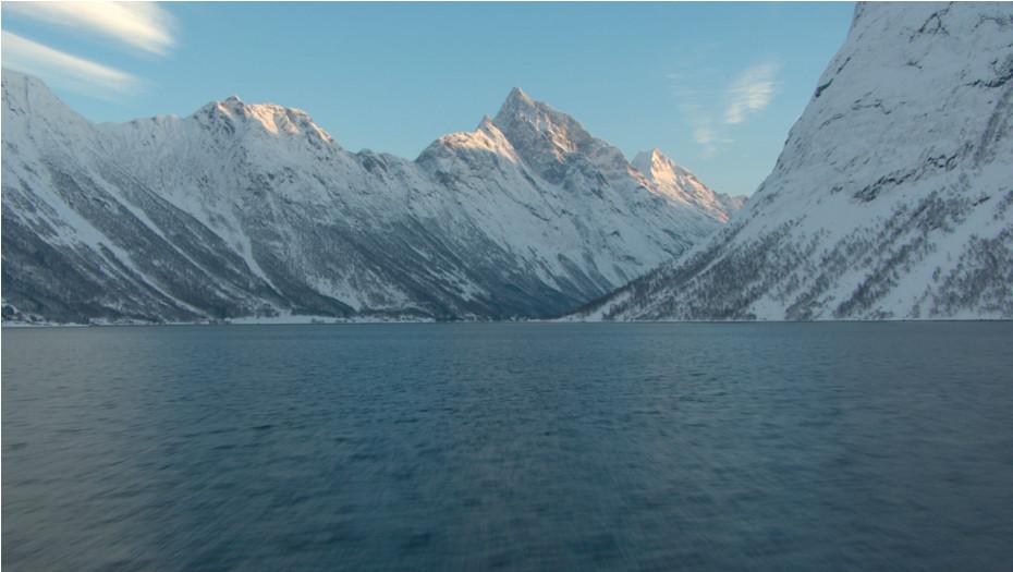 Fjord in Sunnmøre - Von Doren
