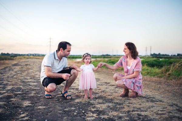 צילומי משפחה בטבע | עמק חפר | אביבית צפריר צלמת