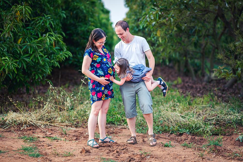 צילומי משפחה והיריון בטבע   עמק חפר