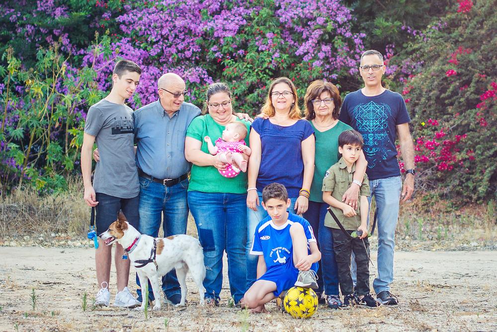 צילומי משפחה מורחבת בעמק חפר   אביבית צפריר
