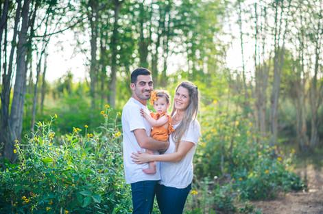 צילומי משפחה בטבע עמק חפר