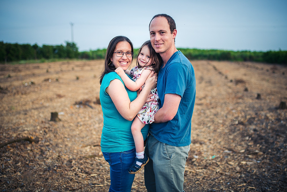 צילומי משפחה והיריון בטבע   עמק חפר   אביבית צפריר