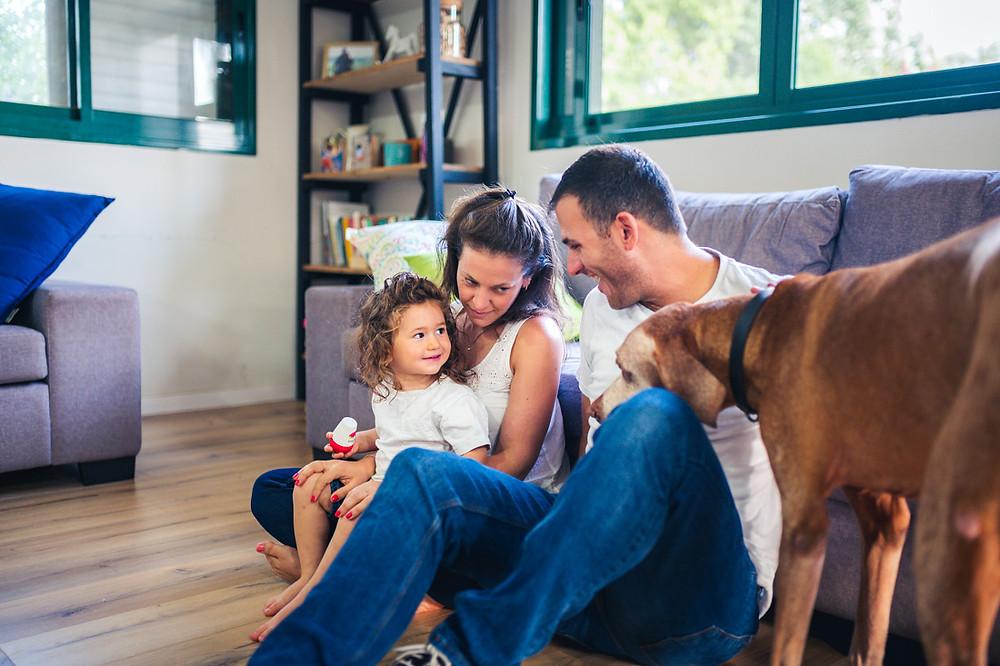 צילומי משפחה מיוחדים   צילומי משפחה בבית   עמק חפר