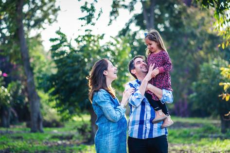 צילומי היריון ומשפחה בעמק חפר