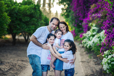 צילומי משפחה בטבע בעמק חפר