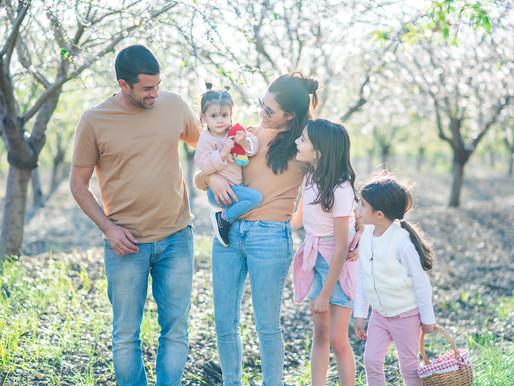מה כדאי ללבוש לצילומי משפחה בטבע?
