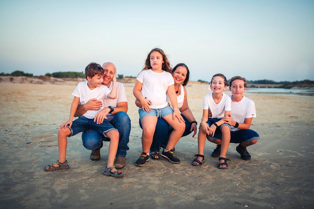 בוק בר מצווה בשילוב צילומי משפחה