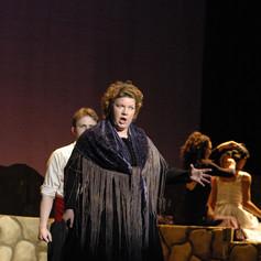 Julianna Gondek, as La Madre