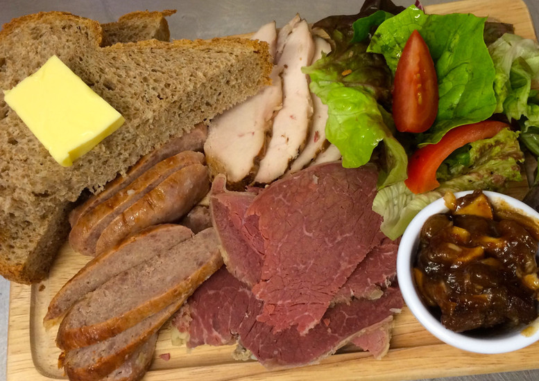 The Halfway House Ploughmans