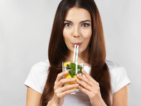 Ask a Nutritionist: Does Lemon Water Encourage Weight Loss?