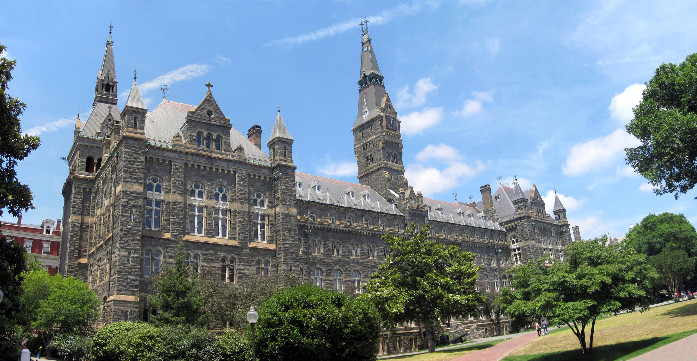 Healy_Hall_at_Georgetown_University.jpg