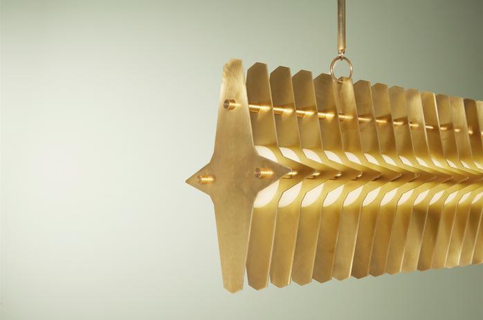 Colossal 900mm, Blonde Brass