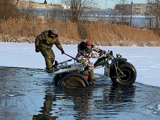 К Северному полюсу на мототрайке   Александр Yunan Юнанов   Интервью с путешественником.